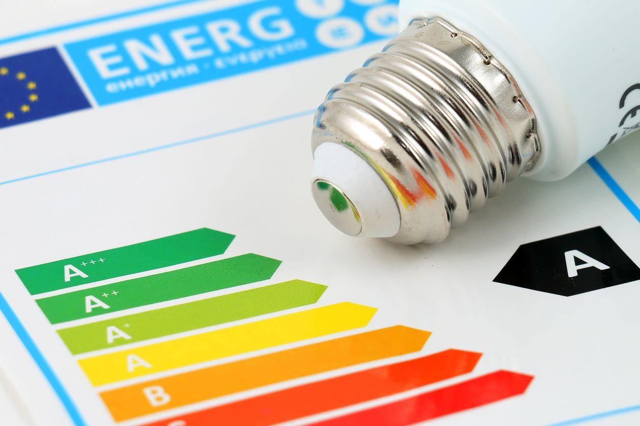 Etiqurta energética, que és y por qué queremos tener etiqueta de eficiencia energética